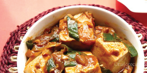 Mijo Recipes: Chinese Vegan Tofu with Leeks (& Chilli Bean Sauce)