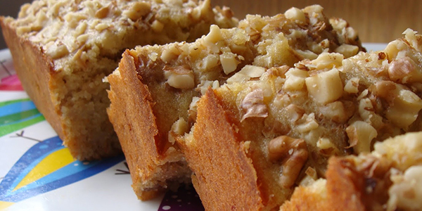 Peppery tales: Banana Walnut Cake